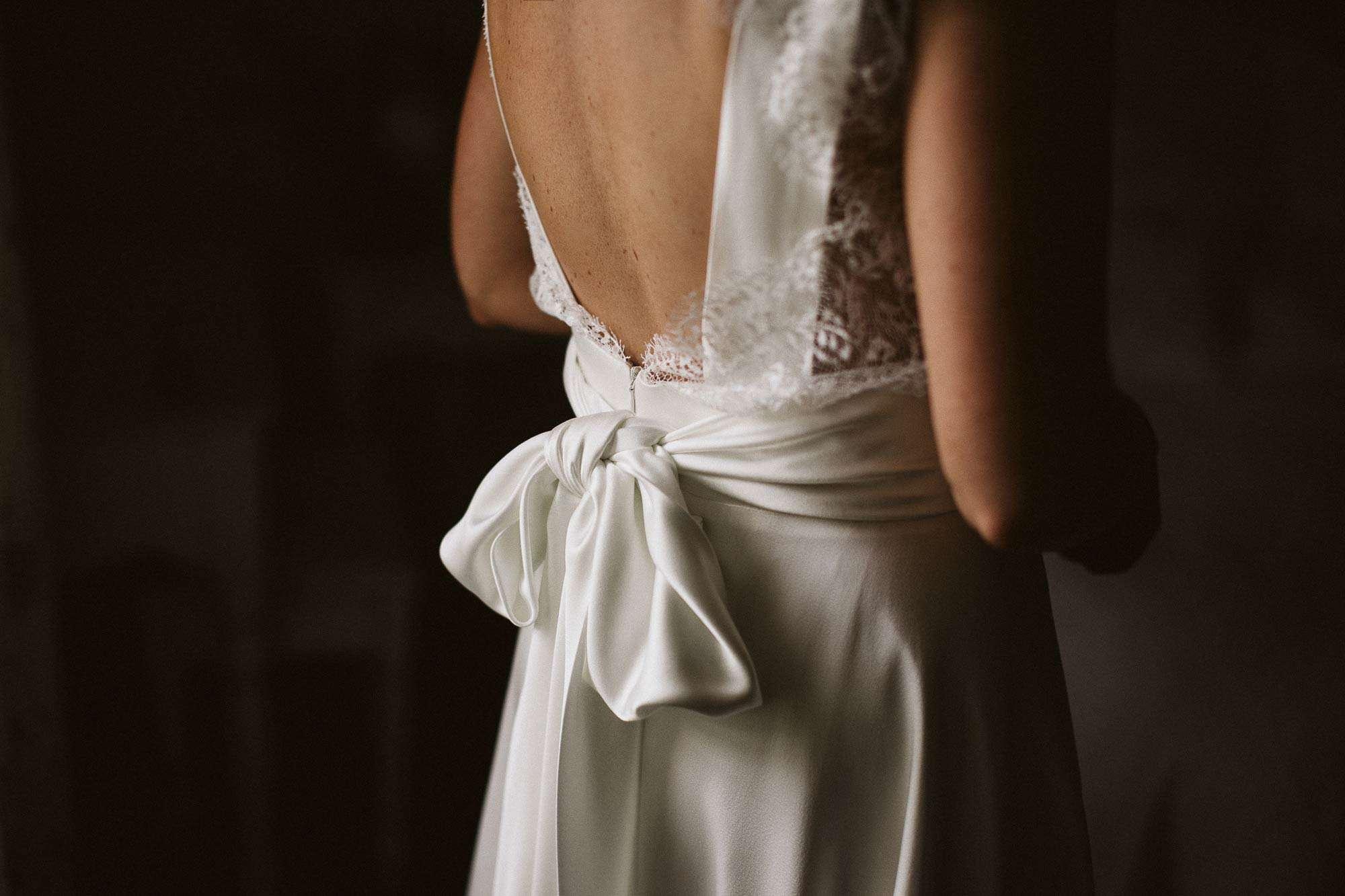 Elopement Ireland Connemara Wedding dress Bow