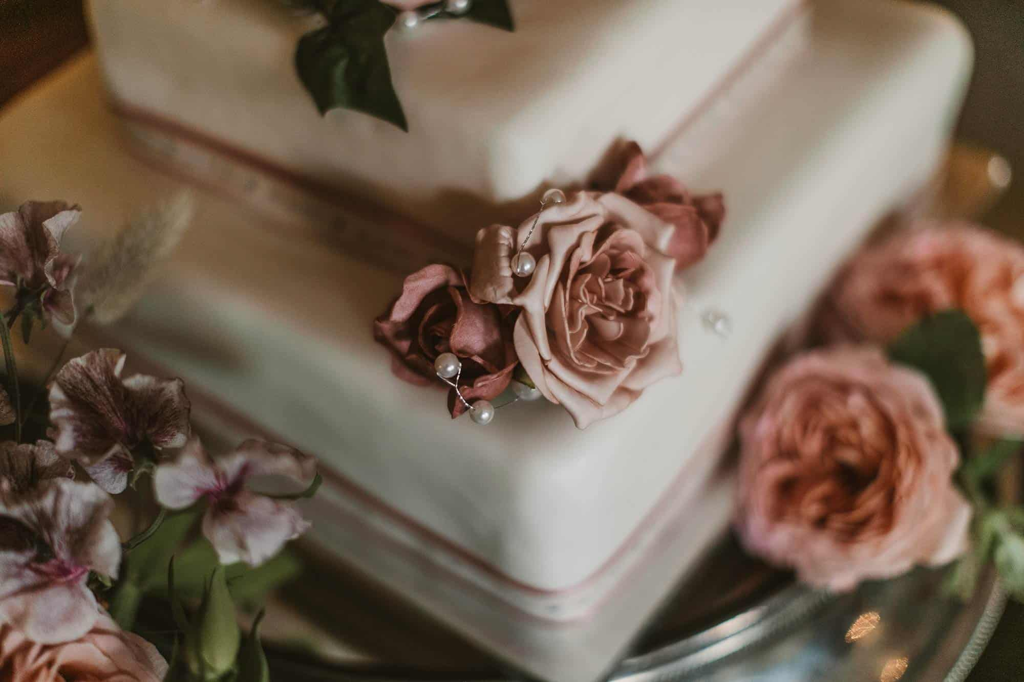 Elopement Ireland Connemara Wedding Cake