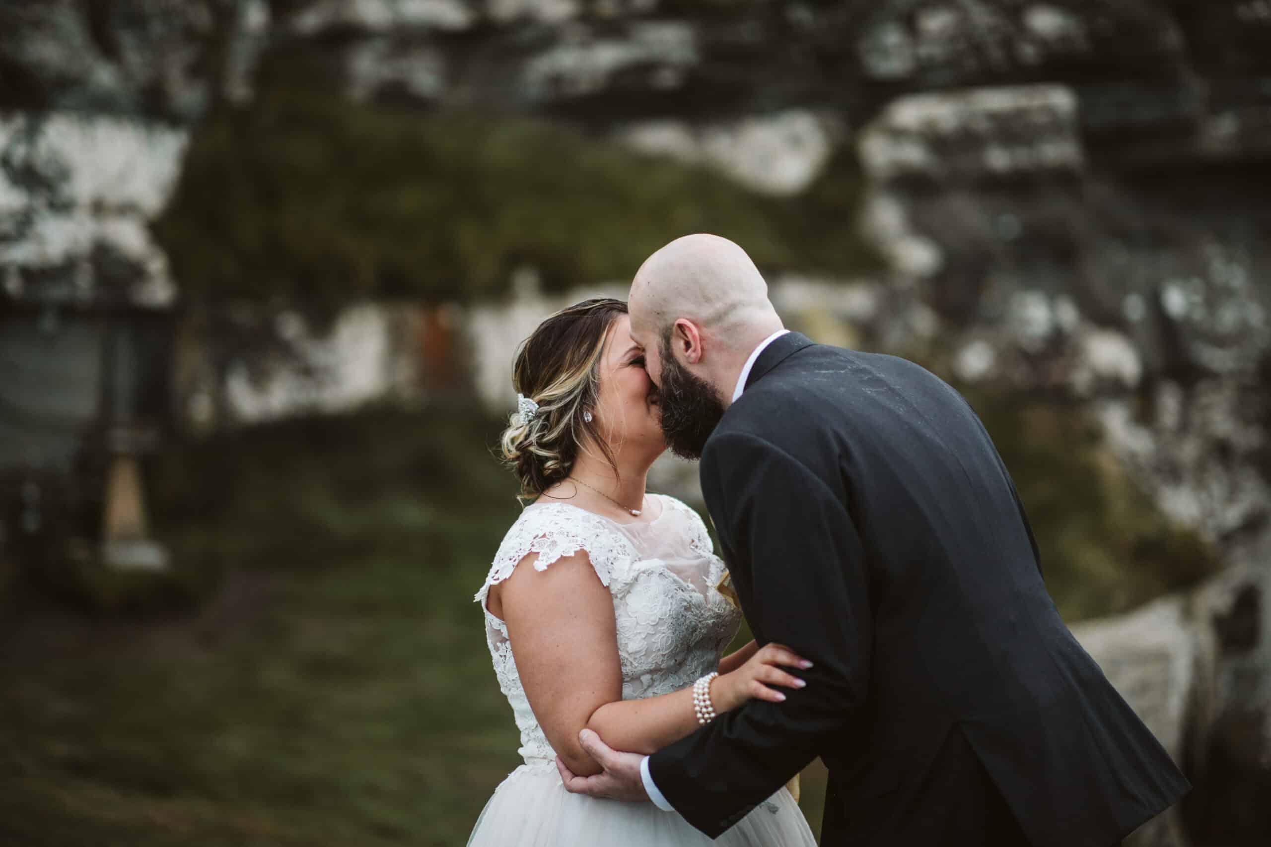 Cliffs of Moher Wedding Hags head, first kiss