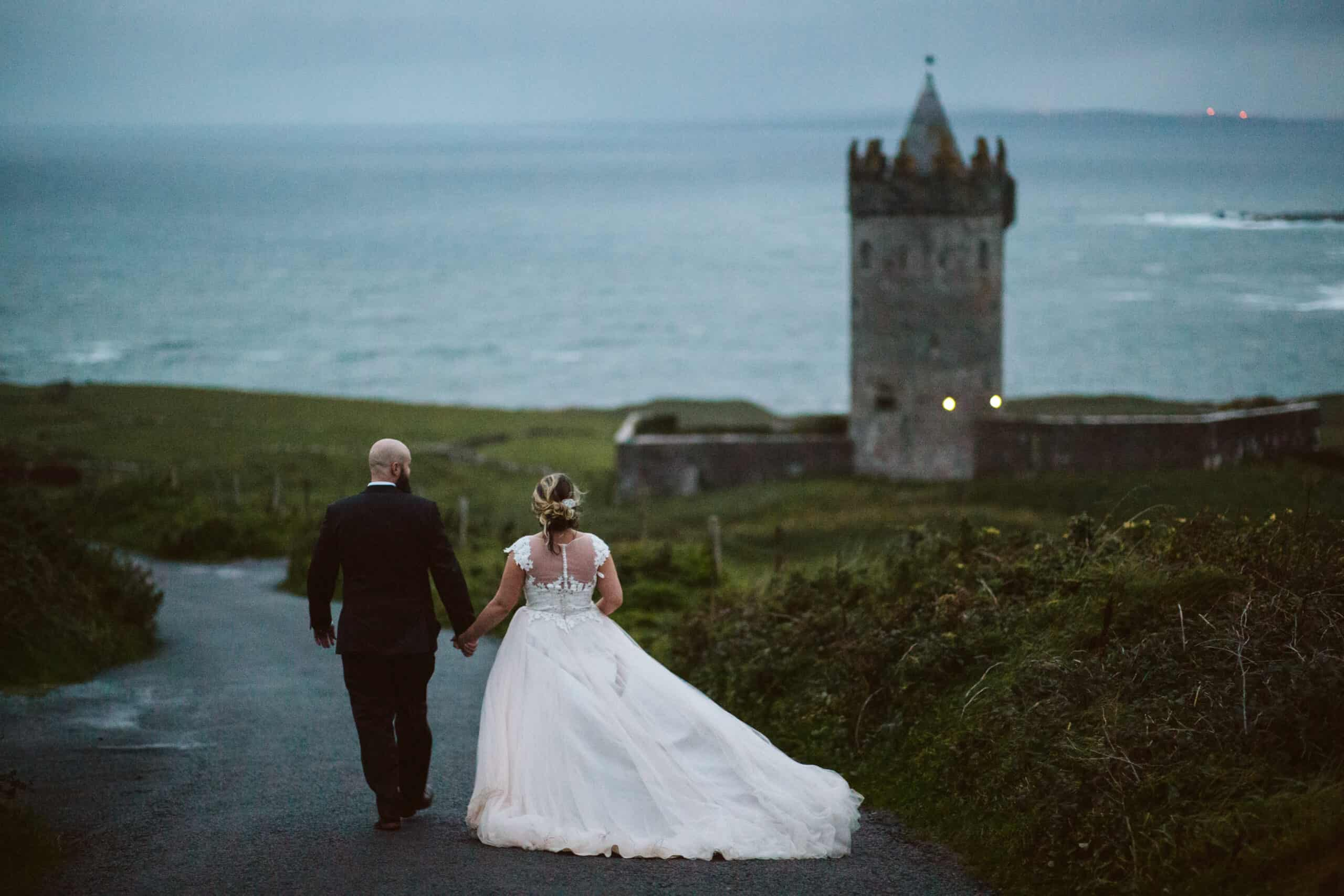 Cliffs of Moher Wedding Hags head, couple at moher tower