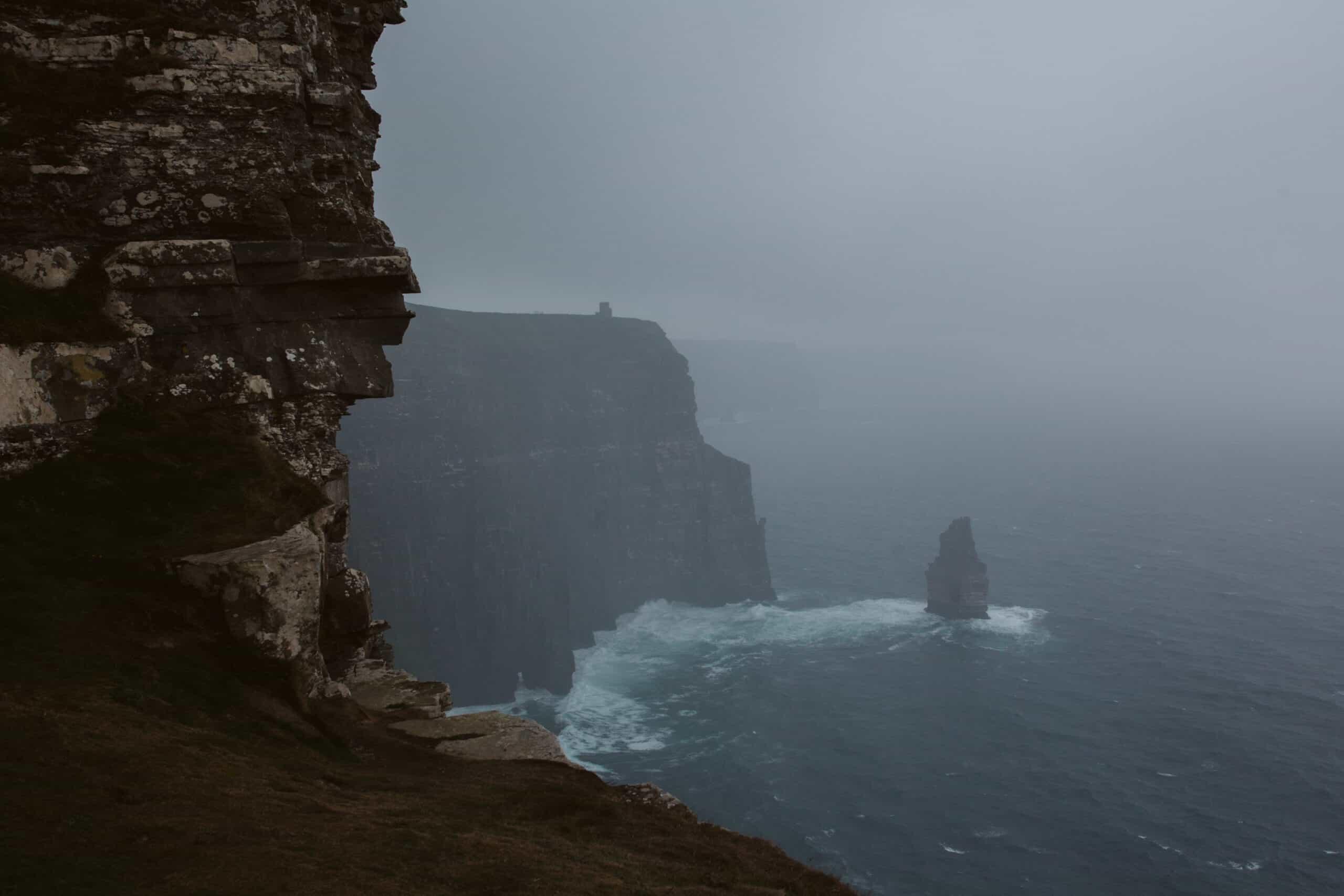 Cliffs of Moher Wedding Hags head, rain at the cliffs