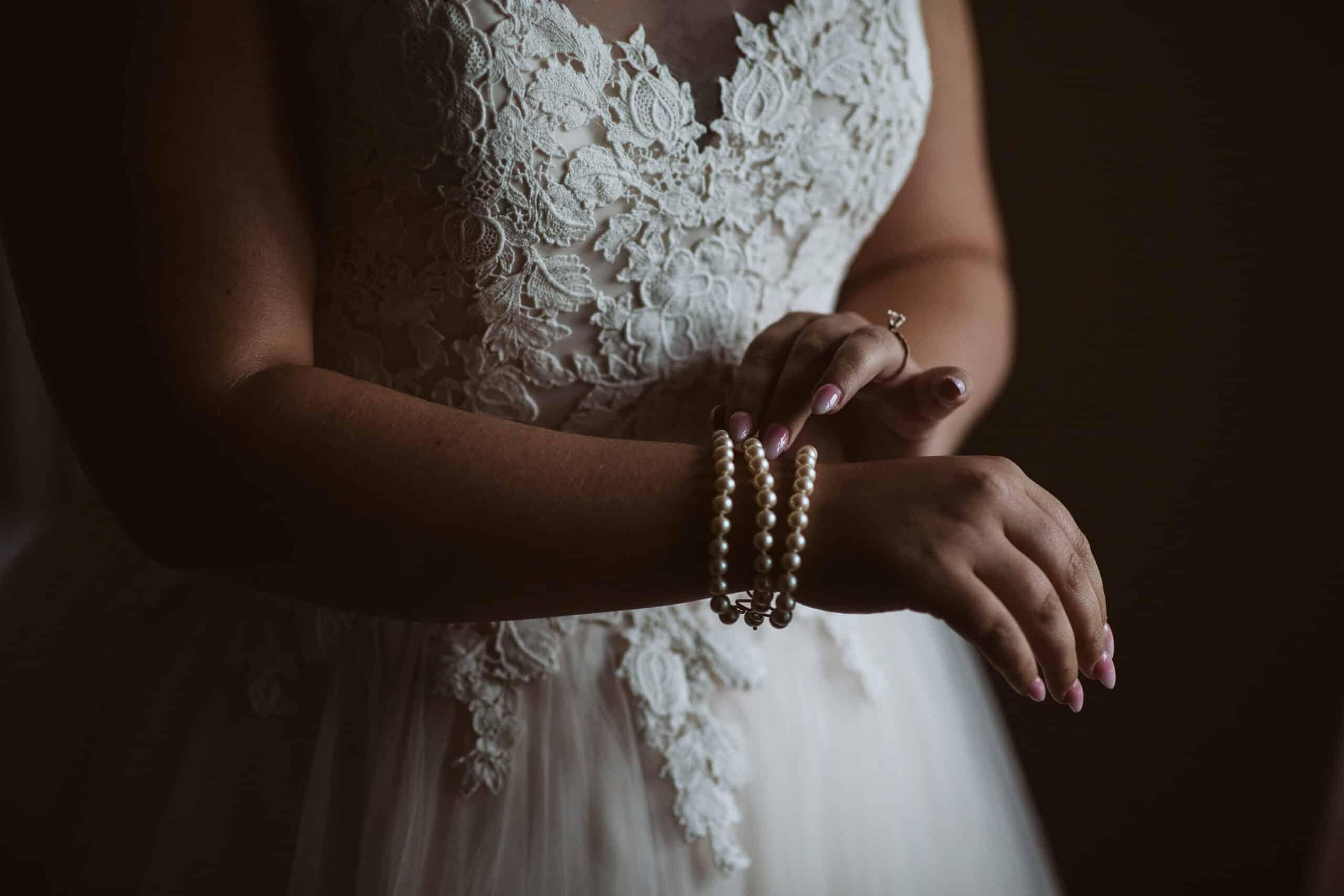 Cliffs of Moher Wedding Hags head, vintage pearl bracelet