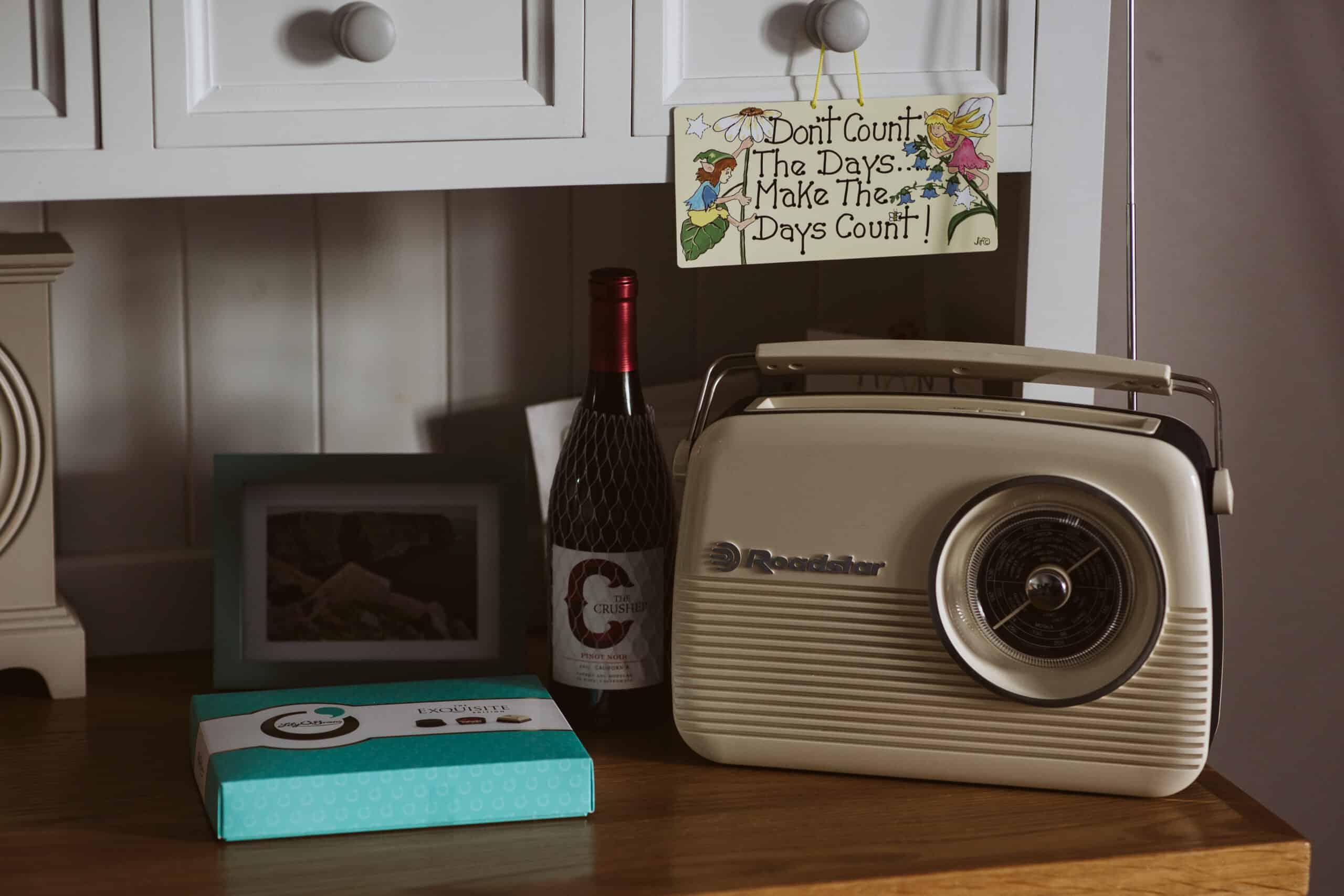 Cliffs of Moher Wedding Hags head, vintage radio
